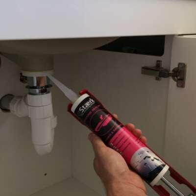 SAN-Kitchen-and-bathroom-sealant-554-Large-1-980x800